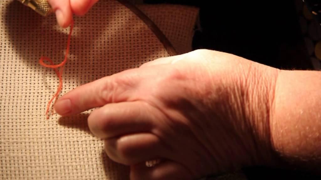Как начинать вышивку в одну нить 196