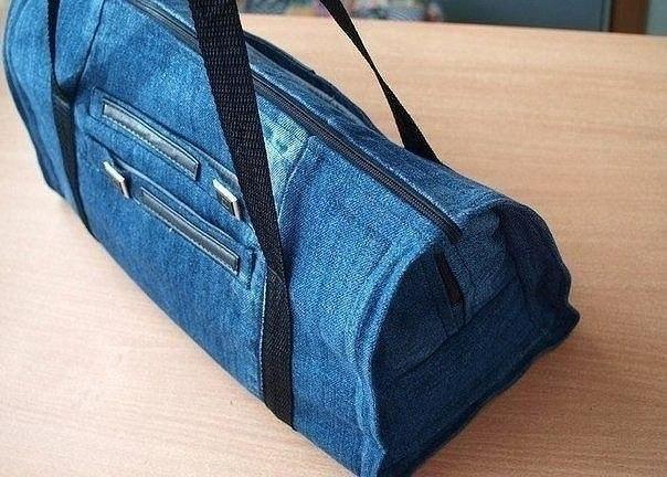 34aac064 Такая сумка будет достаточно прочной и вместительно, так как джинсовая  ткань плотная и одних пар джинсов вполне хватит на большую сумку. Итак, Как  сшить ...