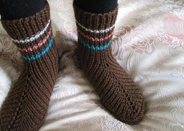вязание носков на двух спицах 9 способов видео мастер класс